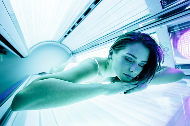 Can You Wear Makeup in a Tanning Bed