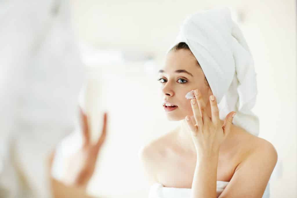 What to do to help your skin better heal after a laser treatment