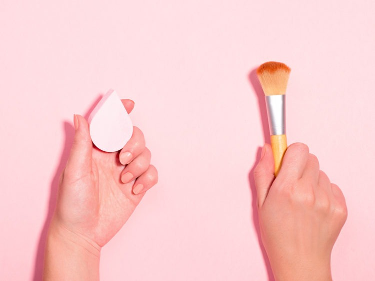 hard time deciding what to use to apply makeup beauty blender or brush
