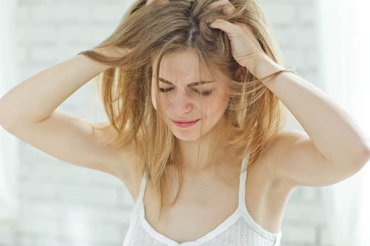 20 Best Shampoos for Oily Scalp & Oily Hair Reviews & How To Guide